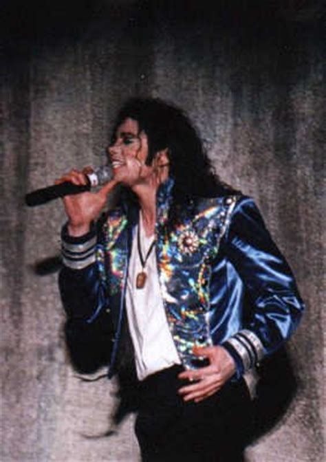 """A Live Performance Of """"Blood On The Dancefloor - Michael"""