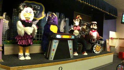 Chuck E Cheese Burlington, MA September 2013 Show-Segment